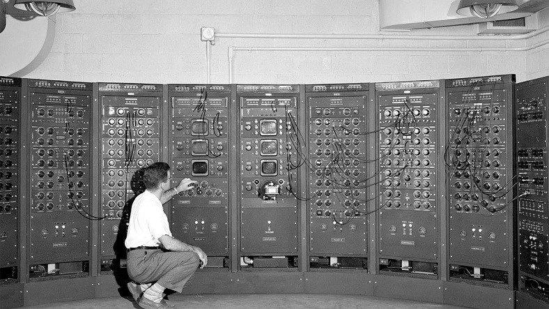 Bilgisayarın İcadının Hayret Veren Tarihsel Süreci