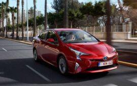 Toyota Elektrikli Araçlara Geçişte Hızlı Olmak İstemiyor